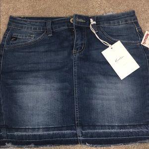 jean skirt size 3/25 or medium